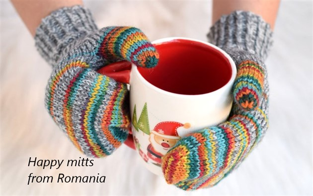 Woolly mitts from Romania