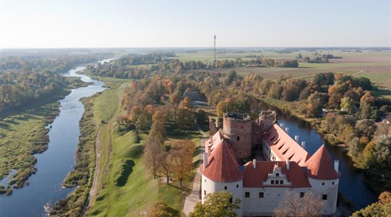 Vilnius to Riga (via nature, spa, country manor & sightseeing!) - Baltic Holidays