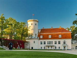 Cesis castle in Latvia on a private day trip to the Gauja national park