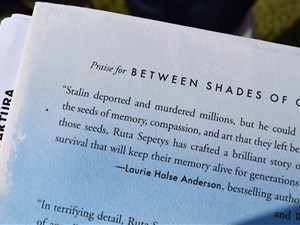 Between Shades of Gray by Ruta Sepetys back cover summary