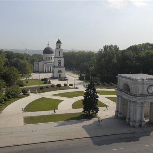 A photographic journey through Moldova